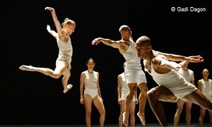 Batsheva Dance Company - Last Work - Théâtre National de Chaillot, Paris - danse abonnement theatre online carte fnac spectacles coffret