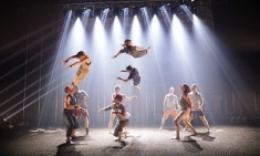 Cirque contemporain : Gravity and Other Myths présente son nouveau spectacle Backbone à La Villette Paris - Avec votre carte spectacles